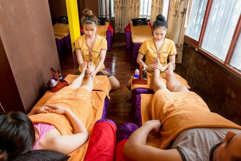 Massage đều đặn phục hồi sức khỏe lấy lại vóc dáng